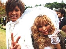 益若つばさ 結婚式.jpg